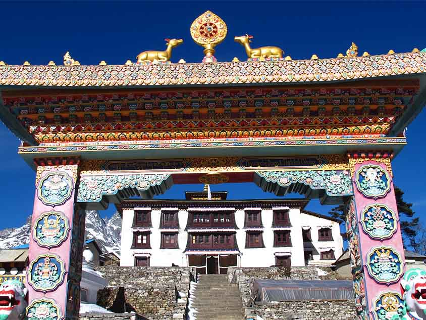 Entrada al monasterio de Tengboche