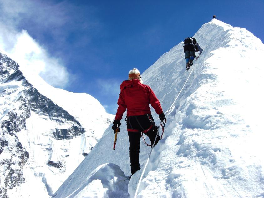 llegando a la cima del Island Peak Ascensión